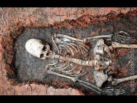 """Ruski arheolozi pronašli skelet sa """"vanzemaljskom lobanjom"""""""
