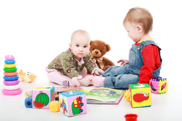 Manje igračaka je bolje za dijete. Zašto?!