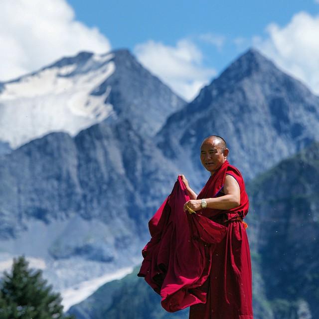 Tibet: Budistički svećenik oduševljava internet svojim fotografijama