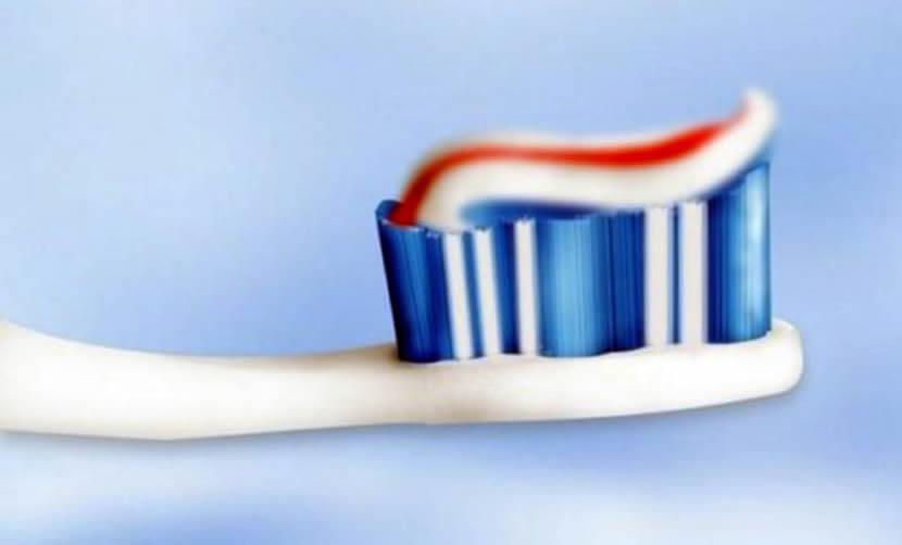 Šta se zaista krije u vašoj pasti za zube?
