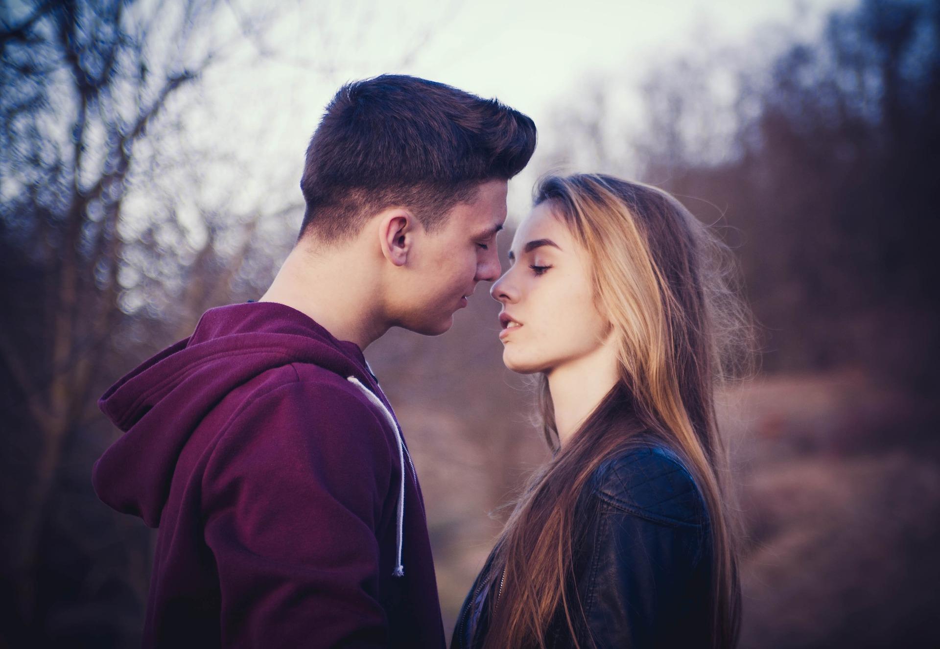 Bolesti koje se mogu prenijeti poljupcem