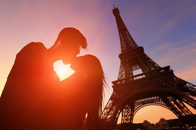 Evo kako na ovih 7 načina naša prva ljubav i dalje utiče na nas