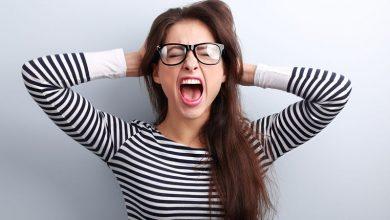 stres nerviranje ljut zena djevojka