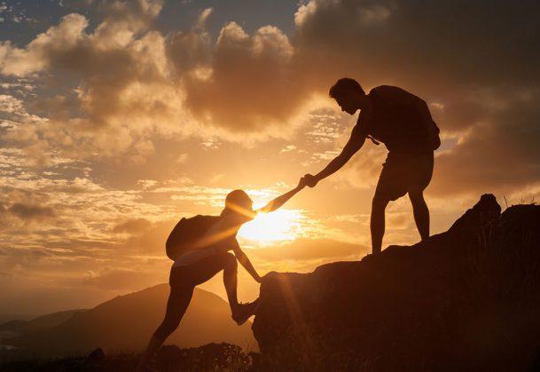 5 razloga zašto je dobro pomagati drugima