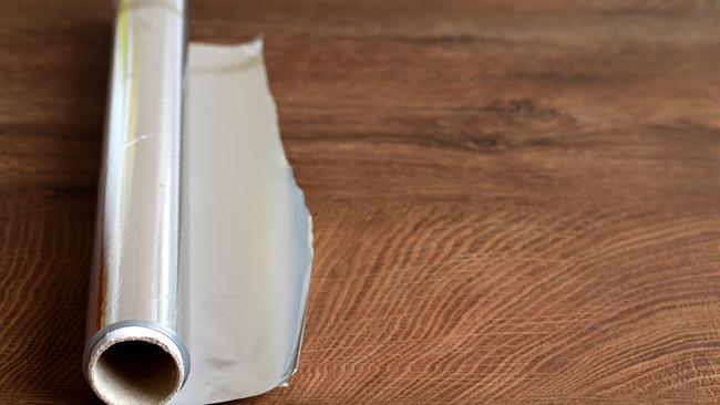 Ljekari upozoravaju da svi trebamo prestati koristiti aluminijske folije prilikom pripremanja hrane