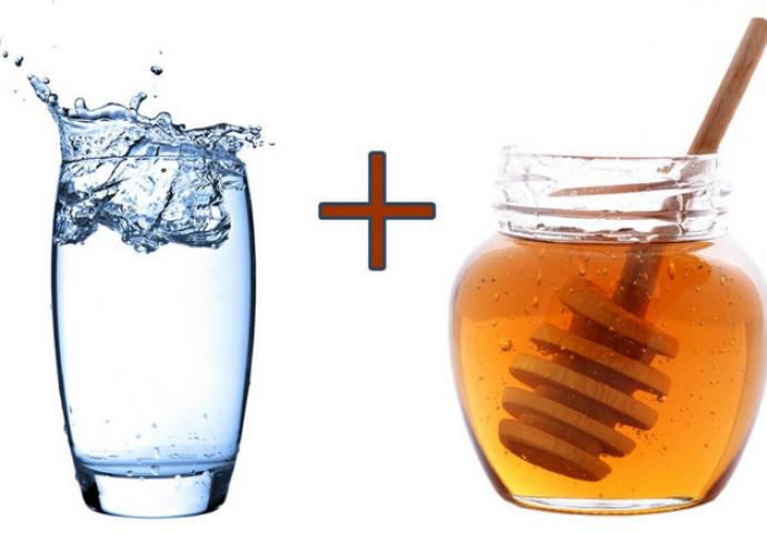 8 razloga zašto je dobro piti vodu s medom svako jutro