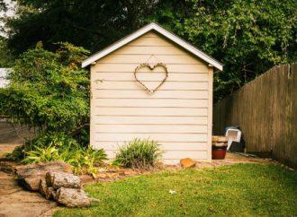 Kako iskoristiti lepo vreme koje dolazi i urediti svoje dvorište