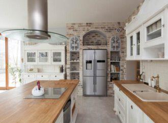 Koji materijal izabrati za radne ploče za kuhinje?